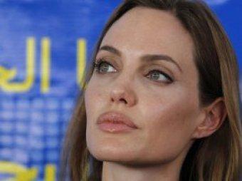 На этот раз известной голливудской актрисе удалят яичники