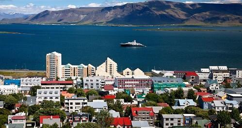 Преимущества отдыха в Исландии летом