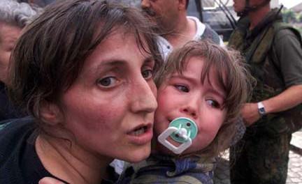 Почему Украина не хочет выпускать беженцев?