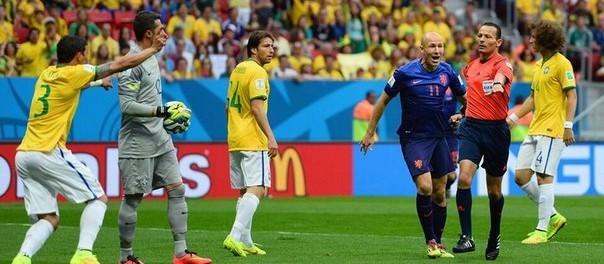 Видео Бразилия — Нидерланды 0:3