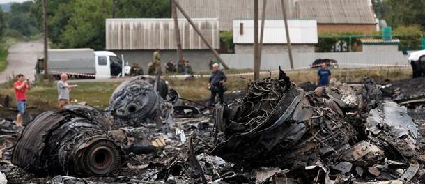 Катастрофа Боинга: записи переговоров исчезли, командир зенитной установки убит, диспетчер пропал