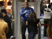 Американские авикомпании будут брать плату за досмотр