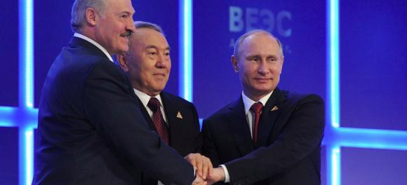Доигрались! Украина теперь не нужна ни ЕС, ни Таможенному союзу