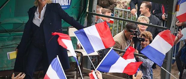 «Национальный фронт» впервые получил места во французском Сенате