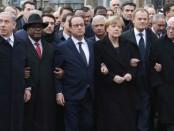 Совместное шествие политиков и народа в Париже оказалось фальшивкой