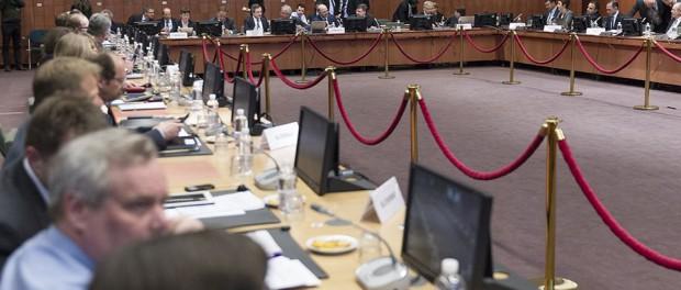 Спор между Грецией и ЕС закончился скандалом