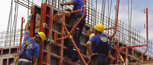 Допрыгались! Турецких строителей заменит Сербия