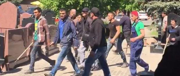 Новые подробности кавказской драки на Новые подробности Хованском кладбище