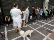 Жители Италия в панике опустошают банкоматы