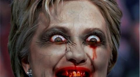 Порошенко в случае победы Клинтон хочет подарить ей трусы