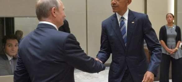 Путин сжал немощную руку Обамы так, что тот изменился в лице