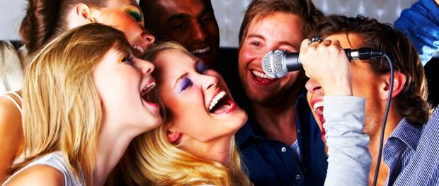 На что обращать внимание при выборе микрофона для караоке?