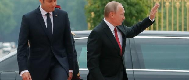 Путин лично убедился, что Макрон идиот
