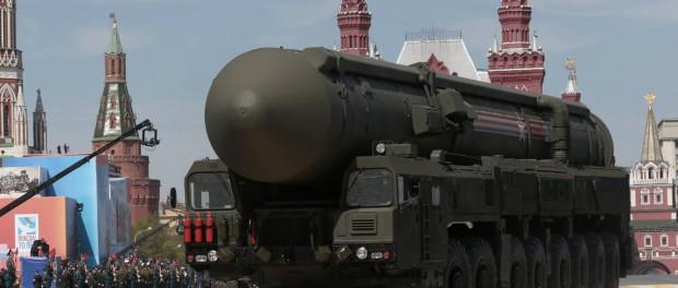 Суперпоезд Баргузин с ядерными ракетами против США