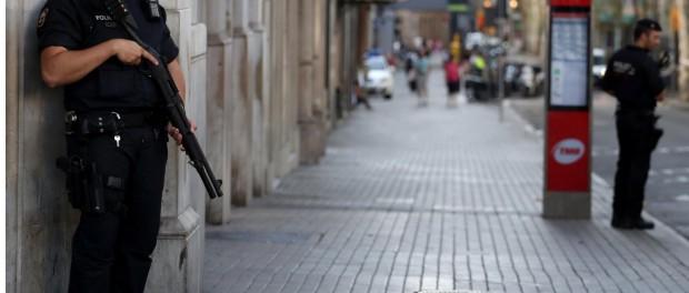 В теракте в Барселоне участвовало 8 человек