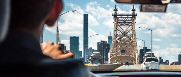 Нужно ли давать чаевые такси Uber