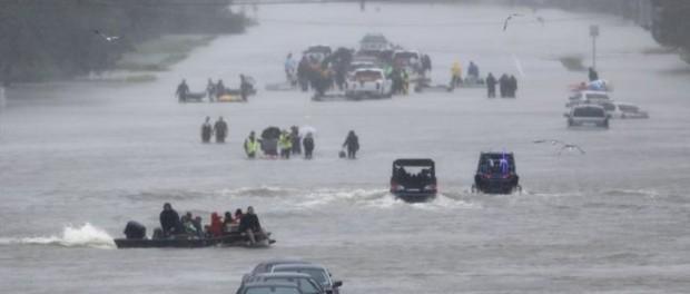 Наводнение в Хьюстоне: найден малыш с мертвой матерью
