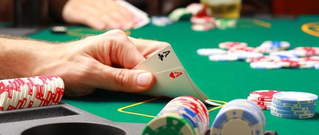 Почему покер популярен среди игроков