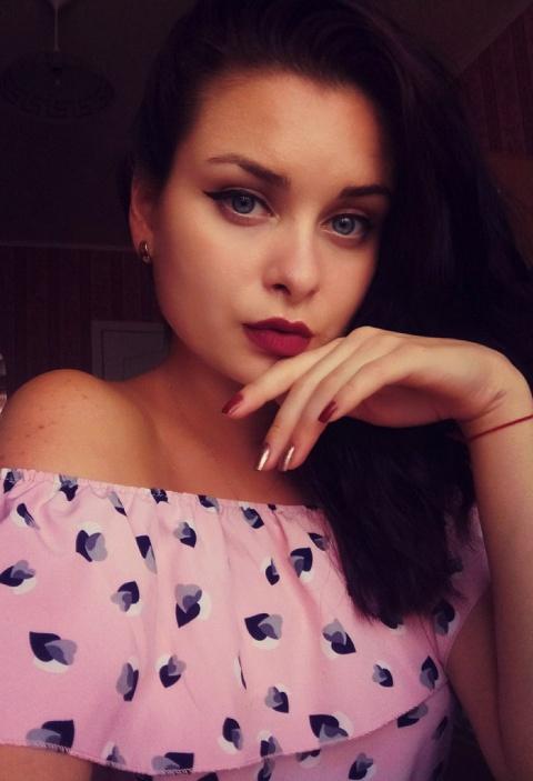 Алена Зайцева любила быструю езду на машинах, что привело к трагедии в Харькове