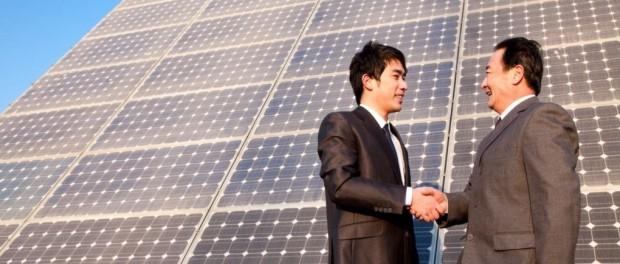 Китай очень сильно обогнал США в солнечных батареях