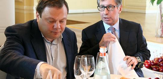 Альфа-банк пошел на дно, на очереди другие банки Ельцина