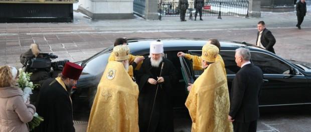 Русская церковь против безналичного расчета