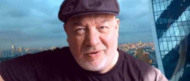 Автор песни «Наш дурдом голосует за Путина» найден мертвым в Москве