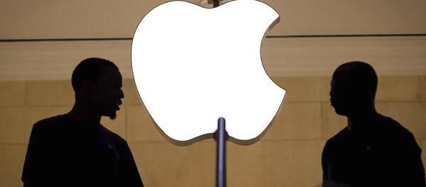 Apple потеряет $10 млрд из-за скандала со старыми iPhone