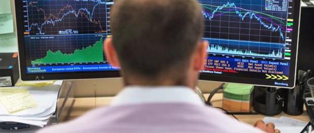 Чем связано падение фондовых рынков