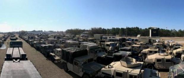 Беспрецедентный переброс военной техники в порты США на корабли