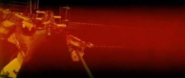 Планета Нибиру окружила МКС красным туманом