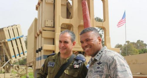Американцы возмущены тем, что их армия готова умереть за Израиль