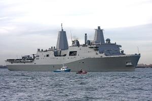 Десатно военный корабль