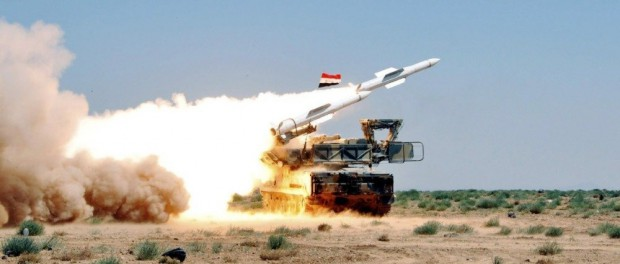 ПВО Сирии успешно сбивает ракеты над военной базой