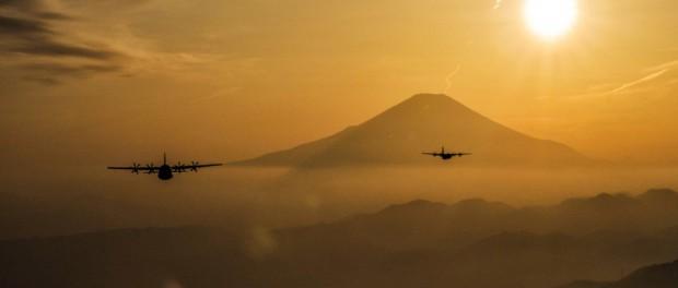 В США подняты в воздух три военных секретных самолета