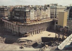 Есть еще здания, занесенные грунтом, которые пережили катаклизм, случившийся не позднее, чем 400 лет назад.