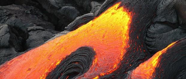 Еще один город скоро затопит вулканической лавой