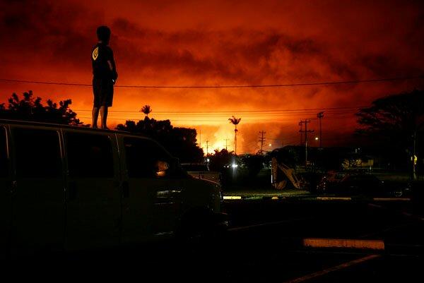 Вулкан Гавайи потоки лавы
