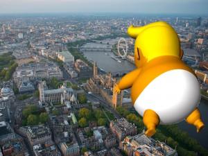 Надувной Трамп в Великобритании