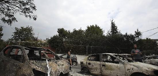 Греция заявила, что пожары поджигали намеренно