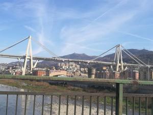 мост в Италии Генуя