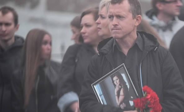Похороны одной из девушек убитой на склоне Уктуса