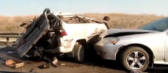 Одна из самых жутких аварии этого года под Самарой