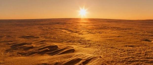 Откуда взялись две луны Марса: Фобос и Деймос