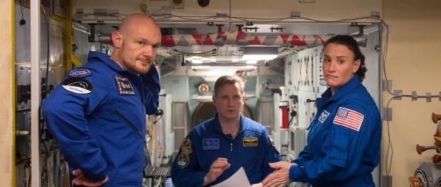Дырку на МКС просверлила женщина астронавт