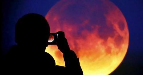 Паника: русские приняли Луну за планету Нибиру