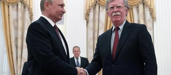 Болтон с Путиным дошутился