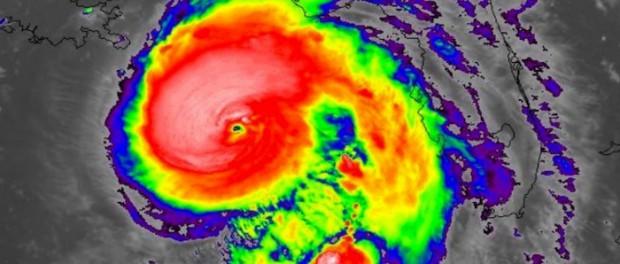 На США надвигается аномальный мега ураган «Майкл» 5-й категории