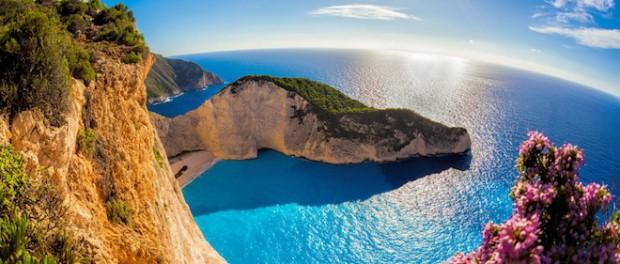 Мега землетрясение сместило греческий остров