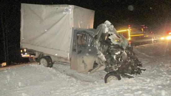 Авария трасса Екатеринбург Челябинск отцепился прицеп